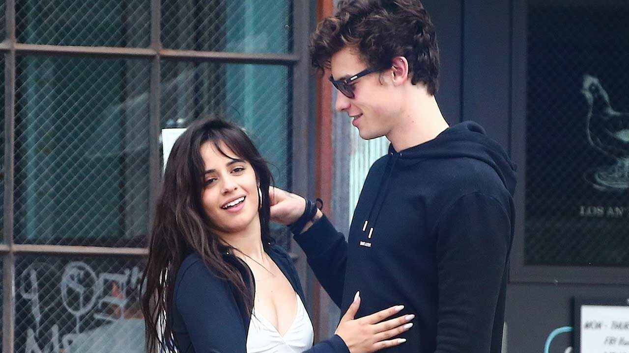 Shawn Mendes & Camila Cabello Spotted Kissing in Canada!