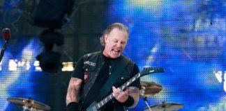 San Francisco Symphony Bassist paid Tribute to Metallica's Cliff Burton