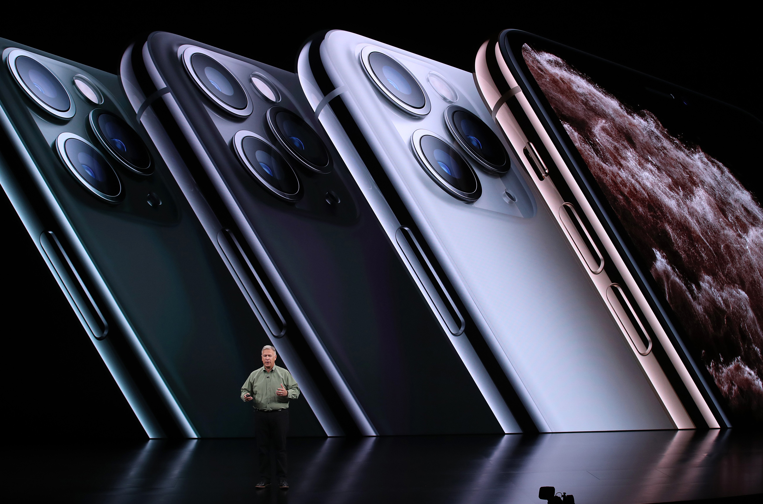 APPLE 's new gadgets : Apple iPhone 11, 11 Pro, Apple Watch Series 5, New iPad , people's reaction and respone