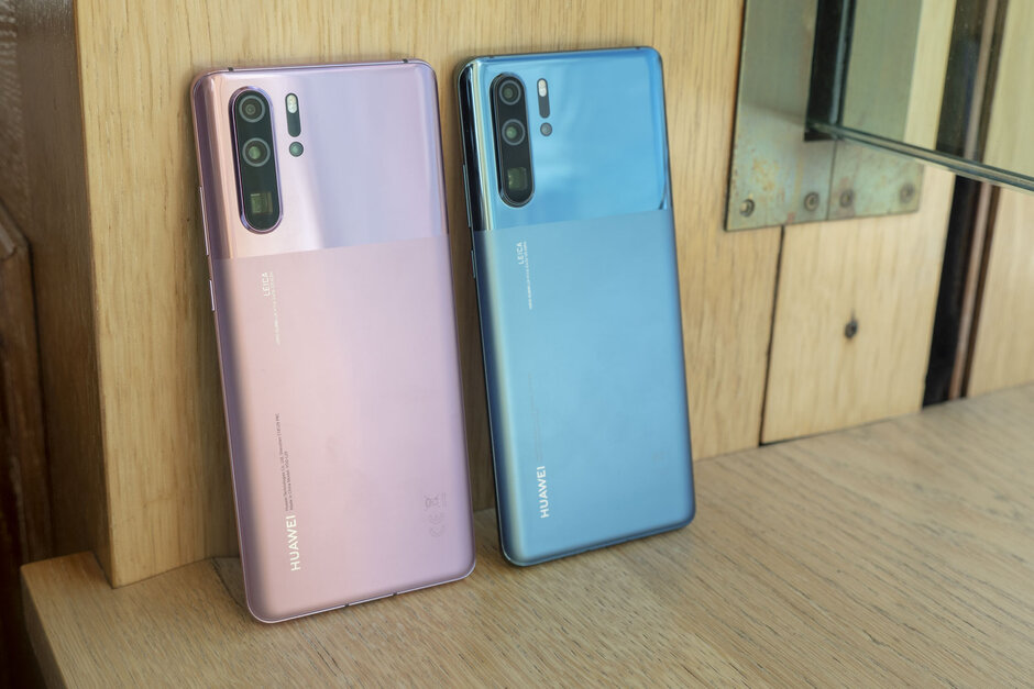 Huawei-P30-Pro-now-comes-in-two-new-colors-and-they-look-very-classy-hands-on