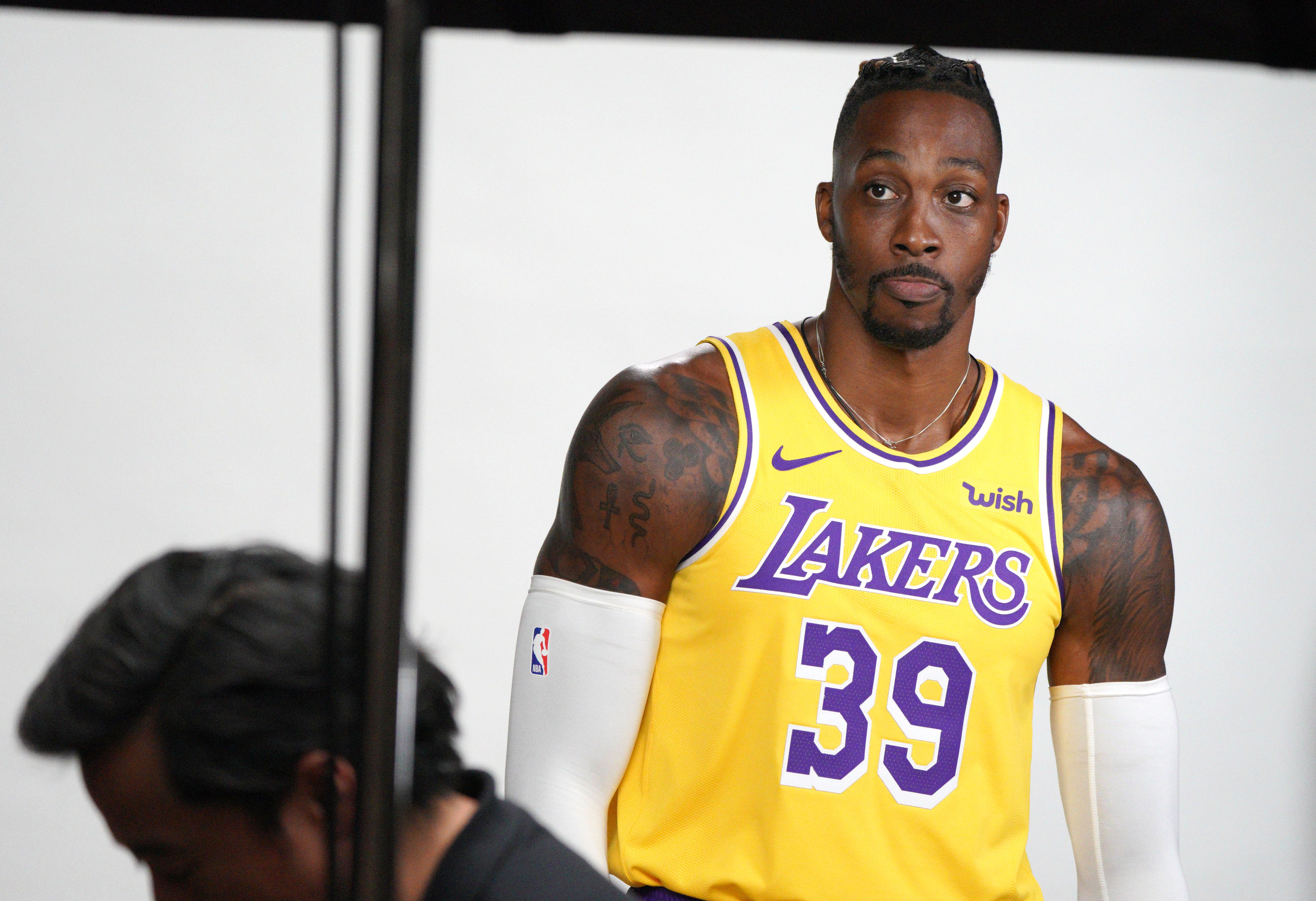 Dwight Howard wishes that LA teammates should hold him to a 'high standard'-But why?
