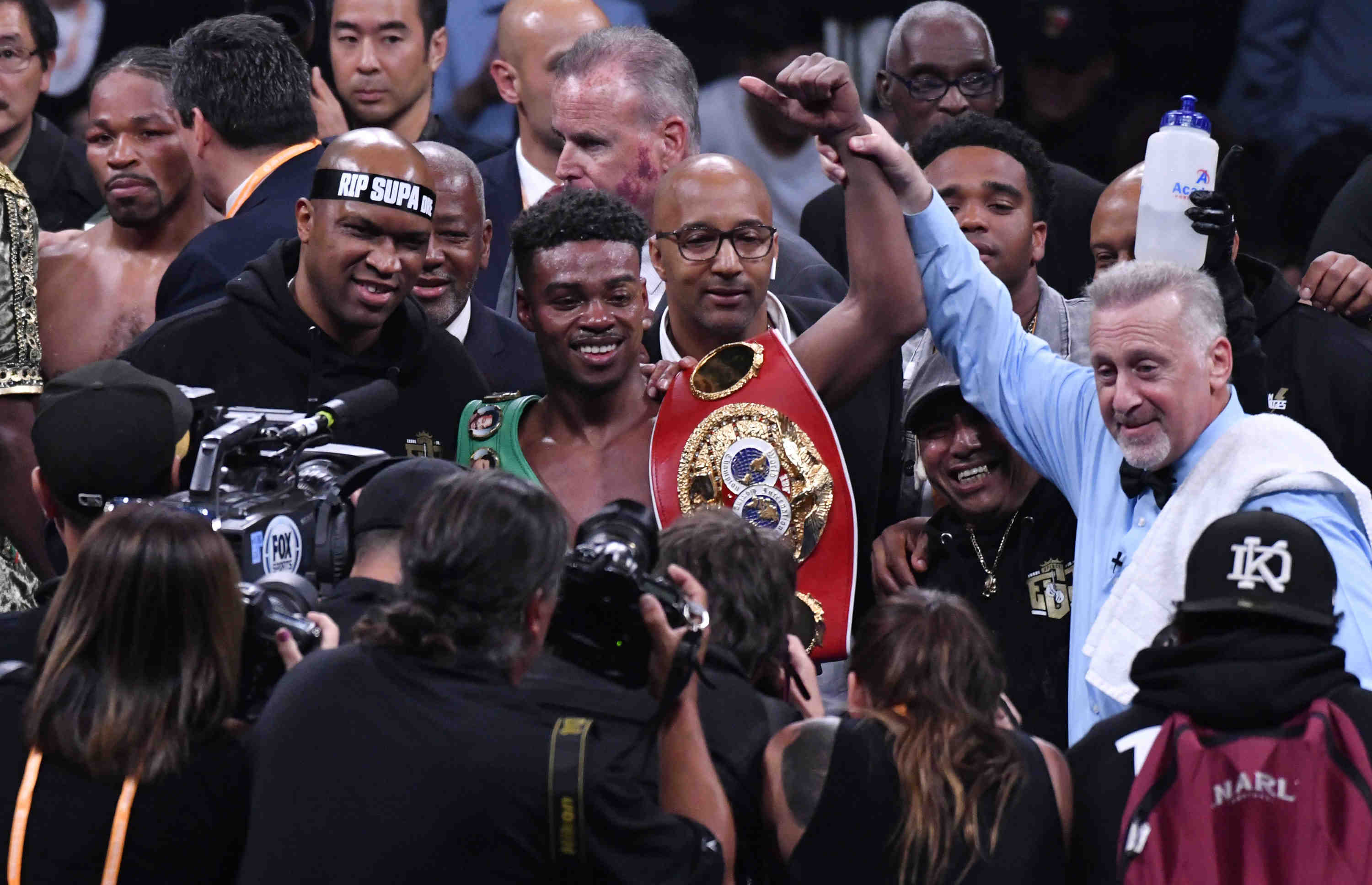 Errol Spence Jr. win over Shawn Porter to unify welterweight titles makes him eans split decision