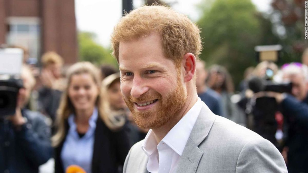 What made Prince Harry become editor of National Geographic's Instagram account?