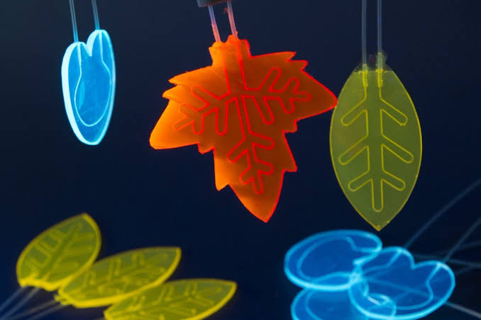 Artificial leaves produce first drug using sunlight