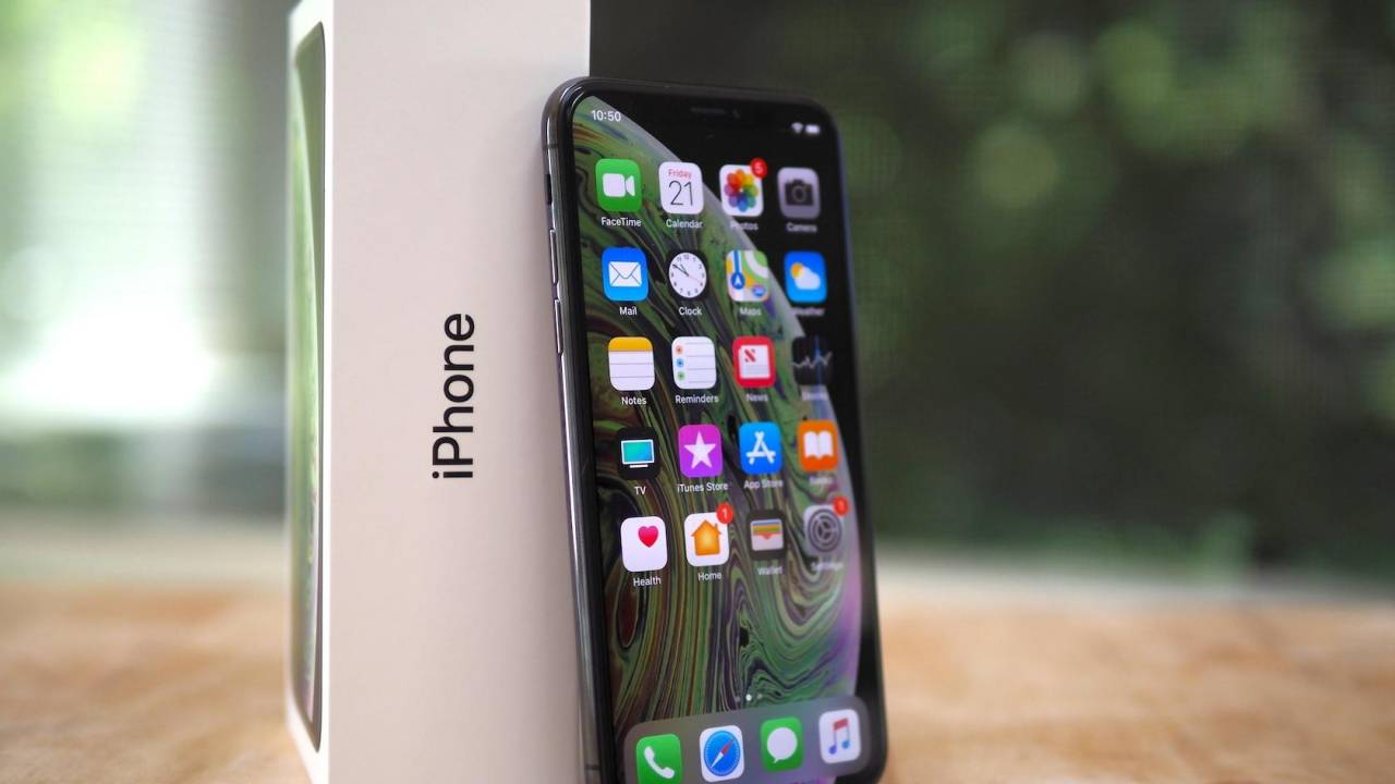 WARNING to APPLE iPhone 11 & 11 pro users about unofficial display repairs