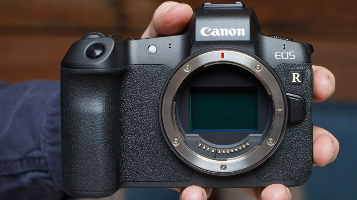 Canon : New 83MP , EOS R full-frame mirrorless camera to arrive by early 2020