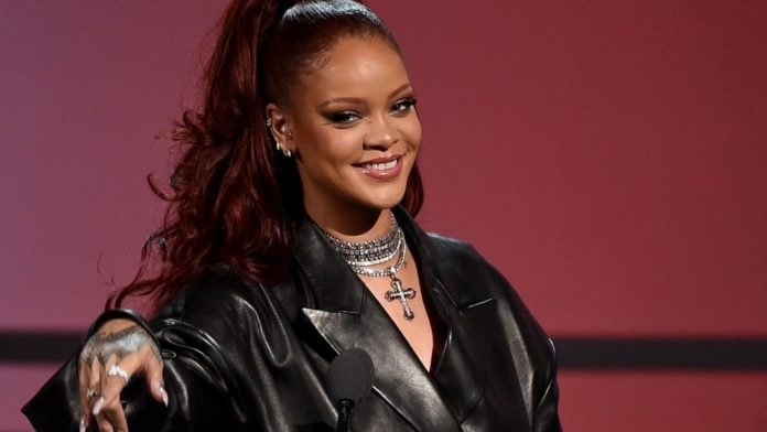 Rihanna's Instagram Fans Shut Down Chris Brown as he Commented something wrong - Here's what happened