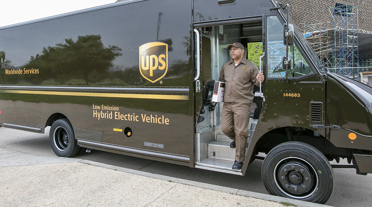 UPS Is Hiring About 100,000 Seasonal Employees For The Holiday Season.
