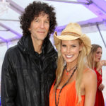 Howard Stern and Wife Beth Remarry's Surprise Wedding on Ellen: Here every details of it