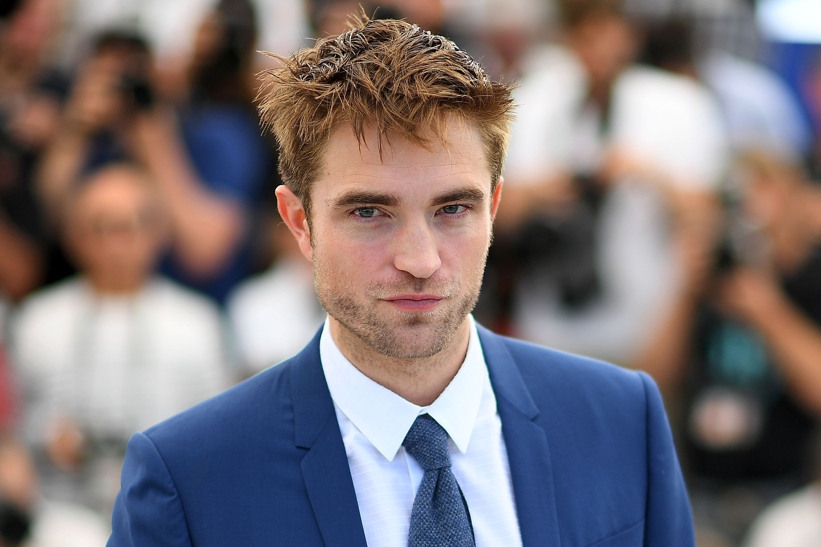 """Robert Pattinson Reveals These Funny Facts to Get Into Character for """"The Lighthouse"""""""