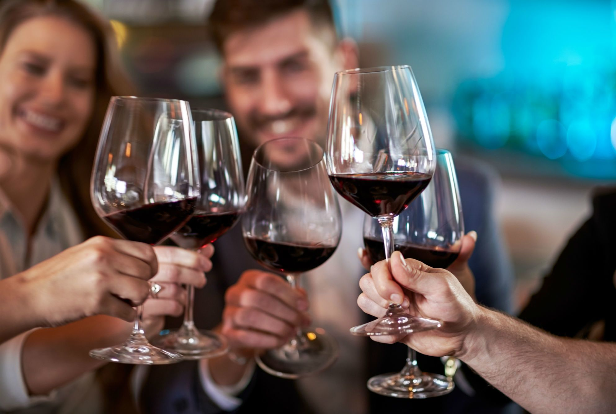 A glass of wine daily is worse for your heart than binge drinking: Finds Study