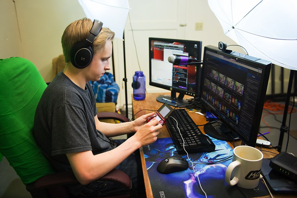 How to livestream like a pro gamer