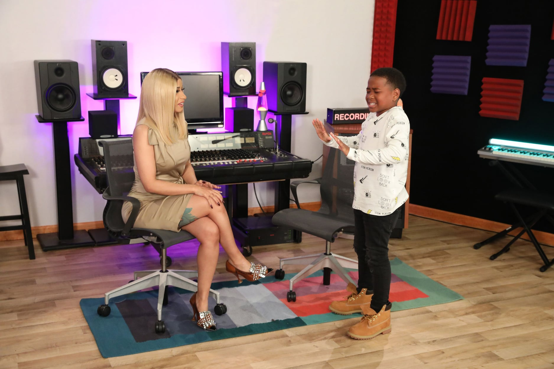Cardi B Plays 'Rhyme Wars' With EllenTube's Young Dylan and adviced to do so