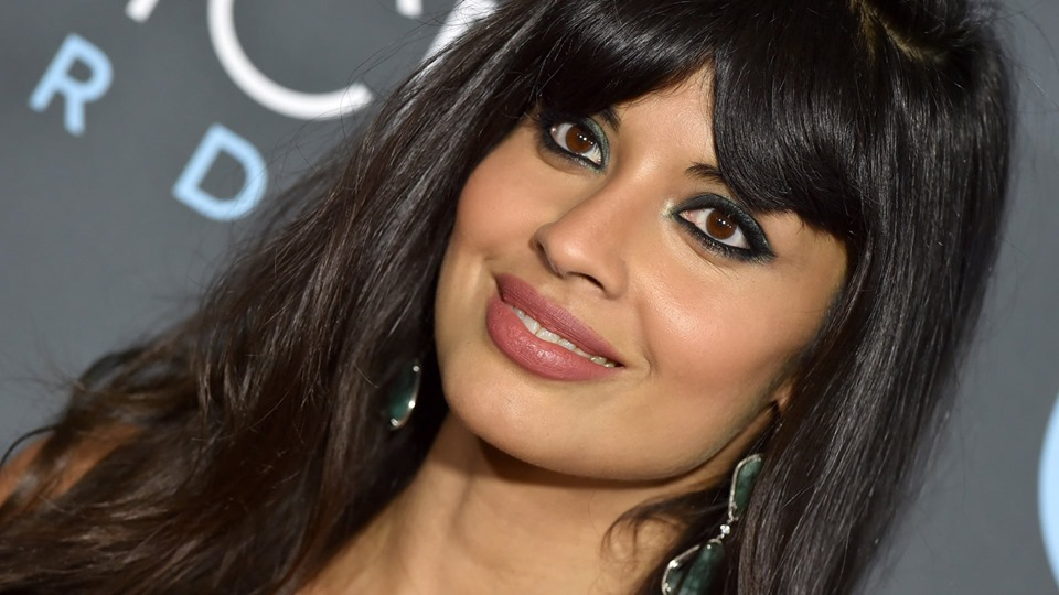 Jameela Jamil And Sara Sampaio's Twitter Feud Finally Ended With A Plea : Details inside