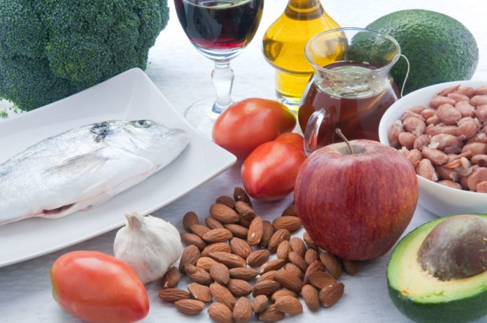 Here's How can you Lower Cholesterol Levels Naturally Through Diet?