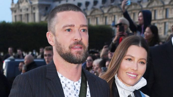 Jessica Biel's Reaction to Justin Timberlake's Paris Fashion Week Ambush: Details inside