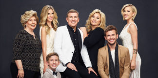 Lindsie's Done Discussing Family Drama with Father Todd: Here what happened?