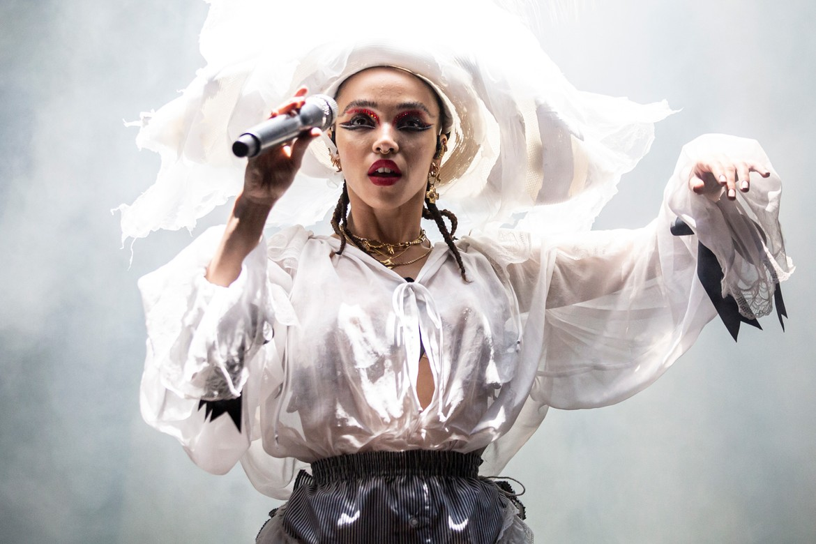 FKA TWIGS VIDEO FOR 'HOME WITH YOU' FROM NEW ALBUM.