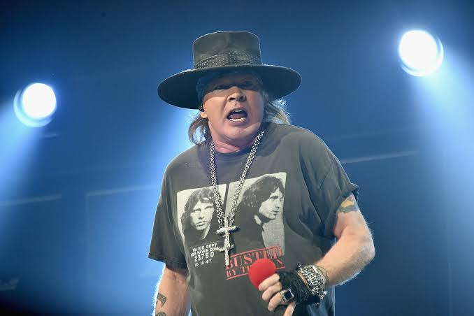 "Axl Rose Ditches ""November Rain"" to attend Guns N' Roses Show in Oklahoma!"