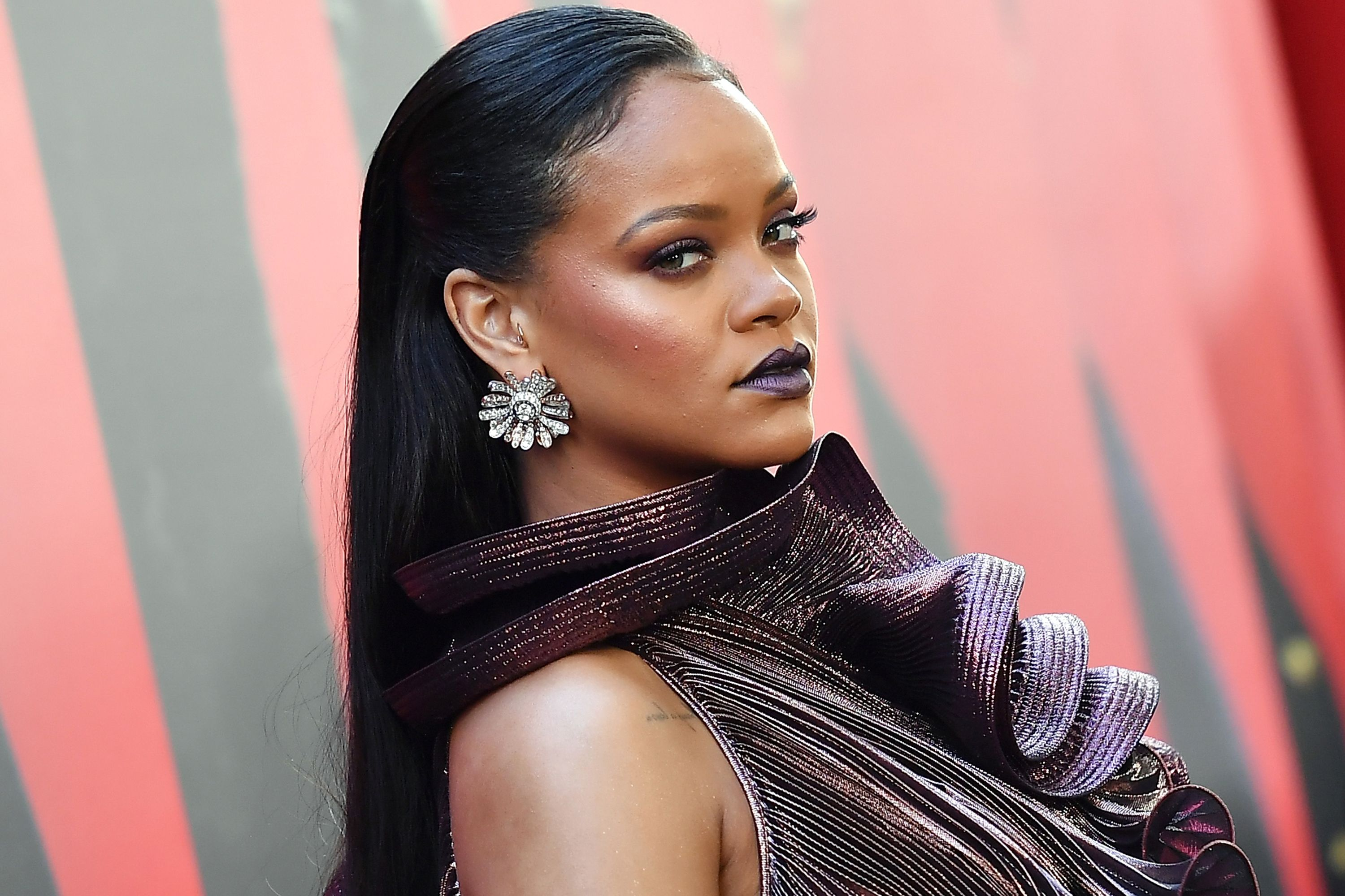 'Rihanna's New book revealed everything about singer and 1,000 photographs