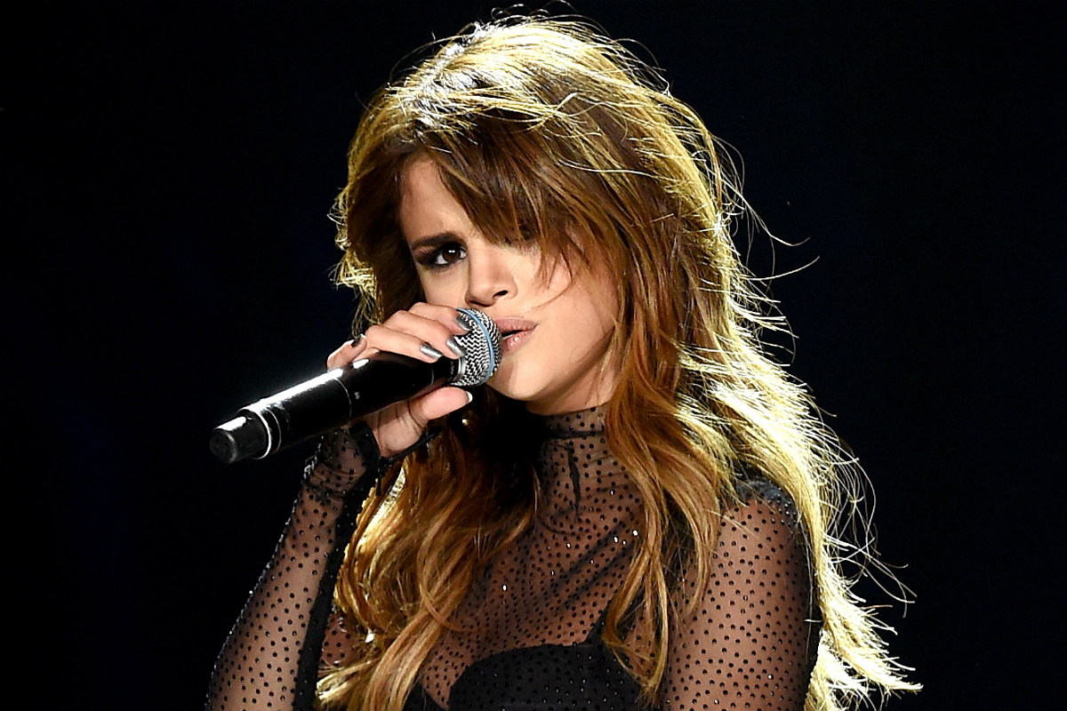 Selena Gomez CONFIRMS New Music With Cryptic Instagram Posts!