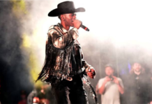 Lil Nas X Announced Break From Music at the 2019 CMA Awards - Fans shocked!