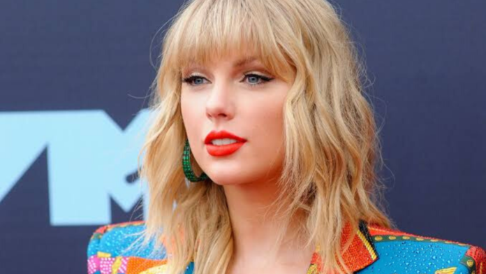 Taylor Swift provoked fans to go after her rivals : Here what happened Now!
