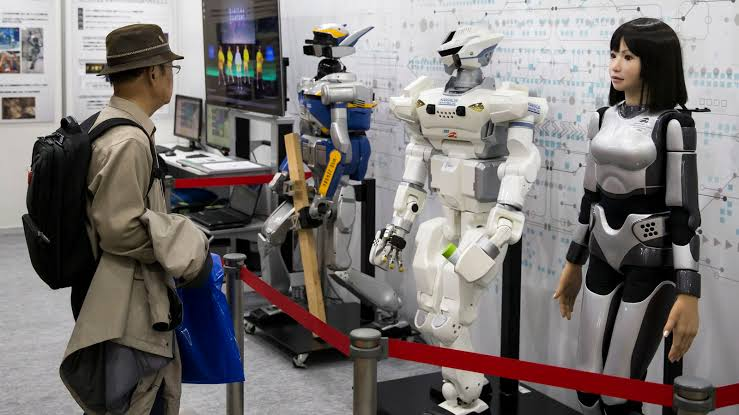 Analysts make new metallic material for adaptable delicate robots