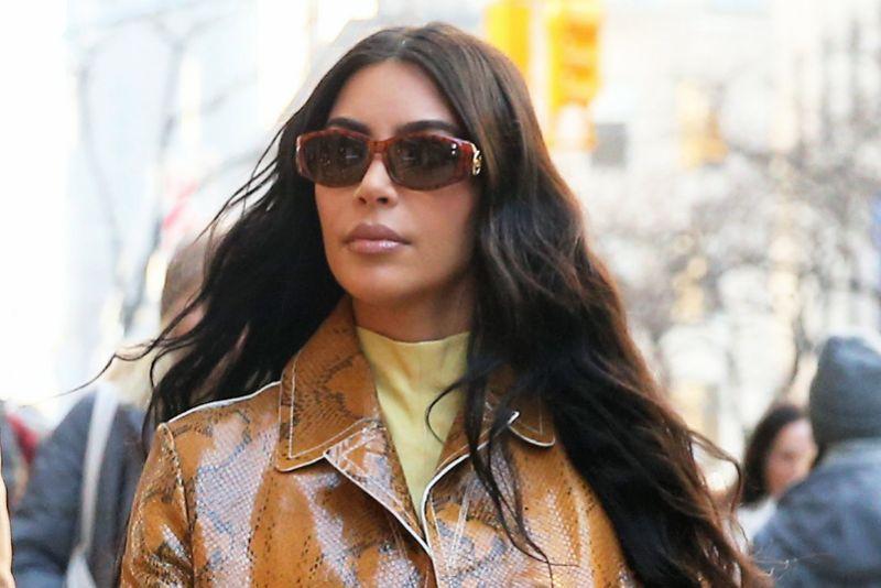 Kim Kardashian wore the unreleased amazing Orange Yeezys while shopping