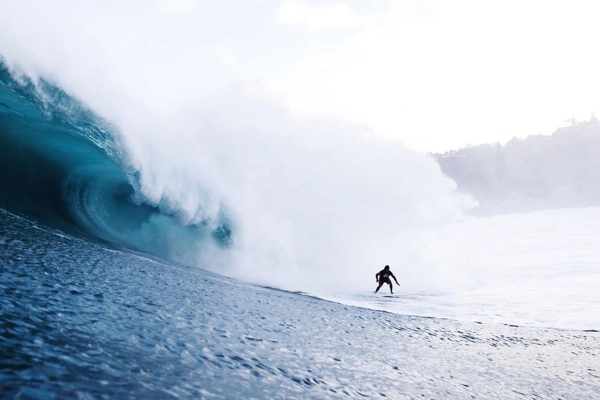 Eddie Aikau surfing challenge might be a go one week from now
