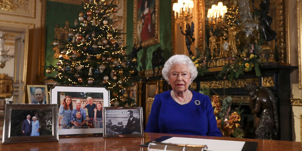 Queen Elizabeth recalls 'very rough' year in yearly Christmas address