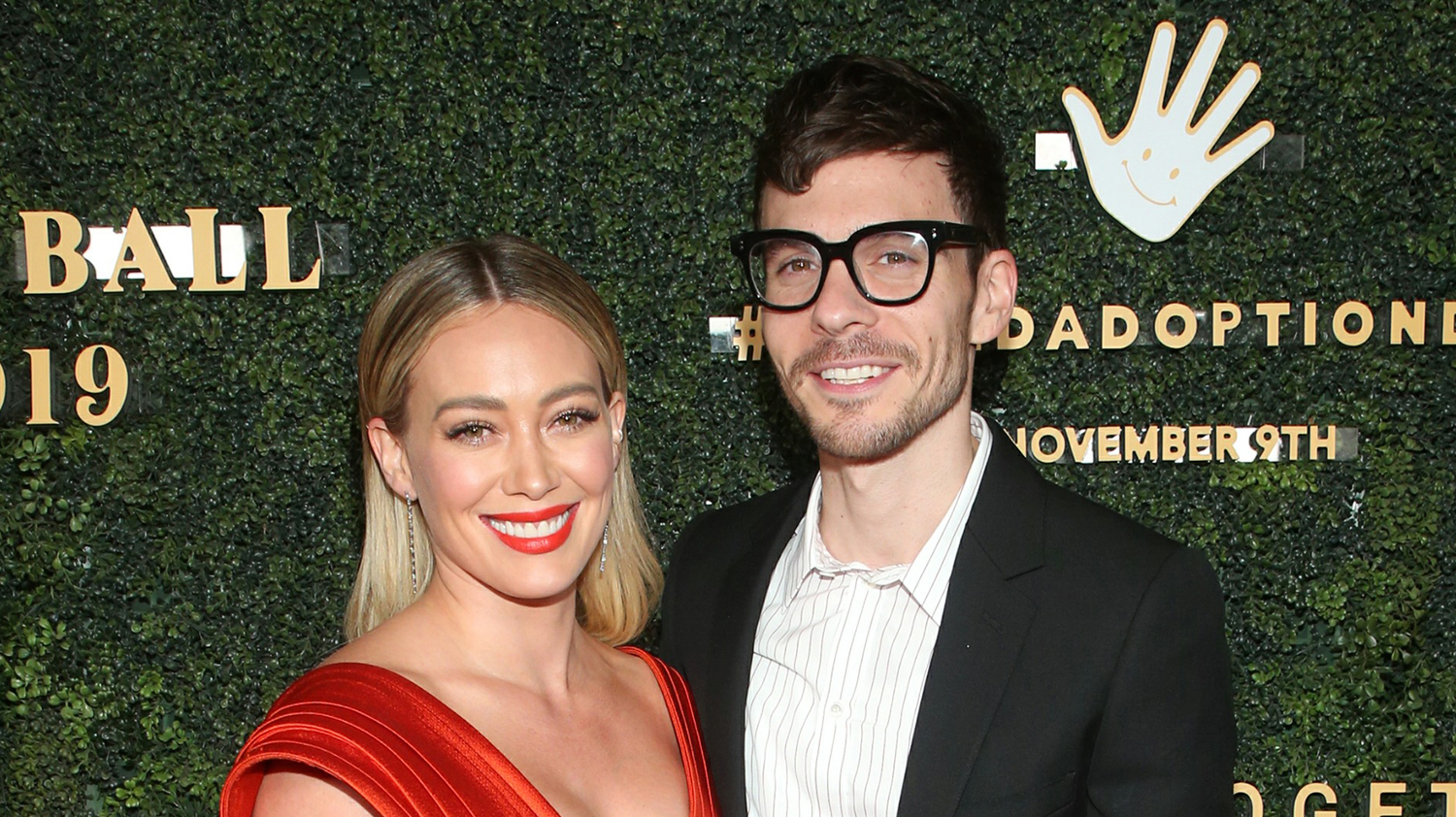 Hilary Duff Shares Wedding Photo with Matthew Koma for the first Time!