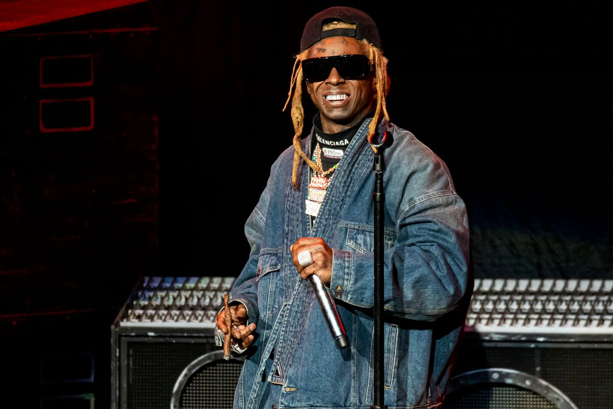 Lil Wayne Addresses Reports The FBI Searching His Private Jet In Miami