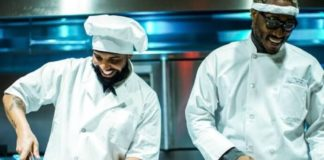 New video of Drake and Future are out Now- performing as chefs, garbage men and IT workers