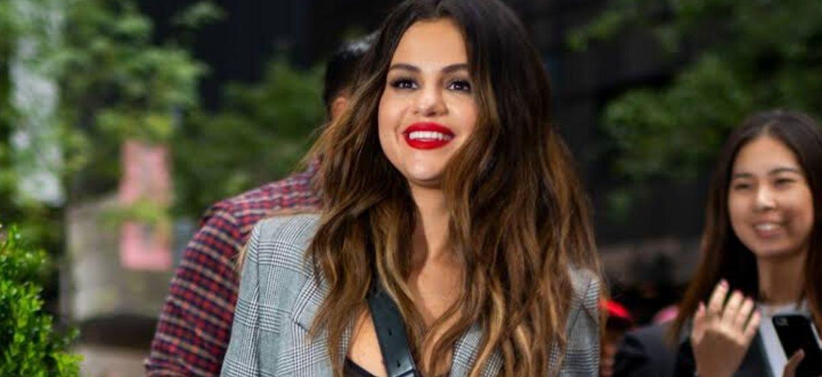 Selena Gomez Drops New Album 'Rare': Are Lyrics indicates About Justin Bieber?
