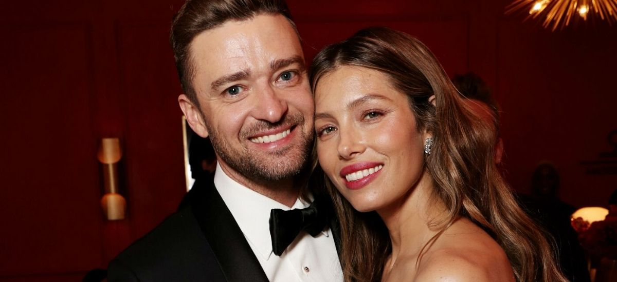 Justin timberlake flirts with her wife jessica biel on instagram noticed by fans