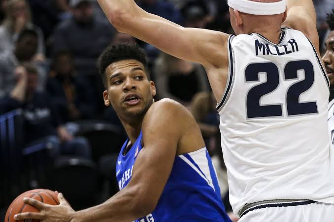 Star Senior Forward Yoeli Childs (BYU) sidelined for Saint Mary's game due to injured finger