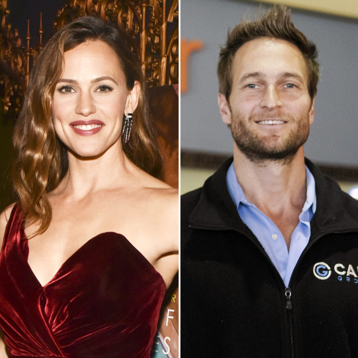 Jennifer Garner Desperate For Boyfriend John Miller To Find God- Details inside