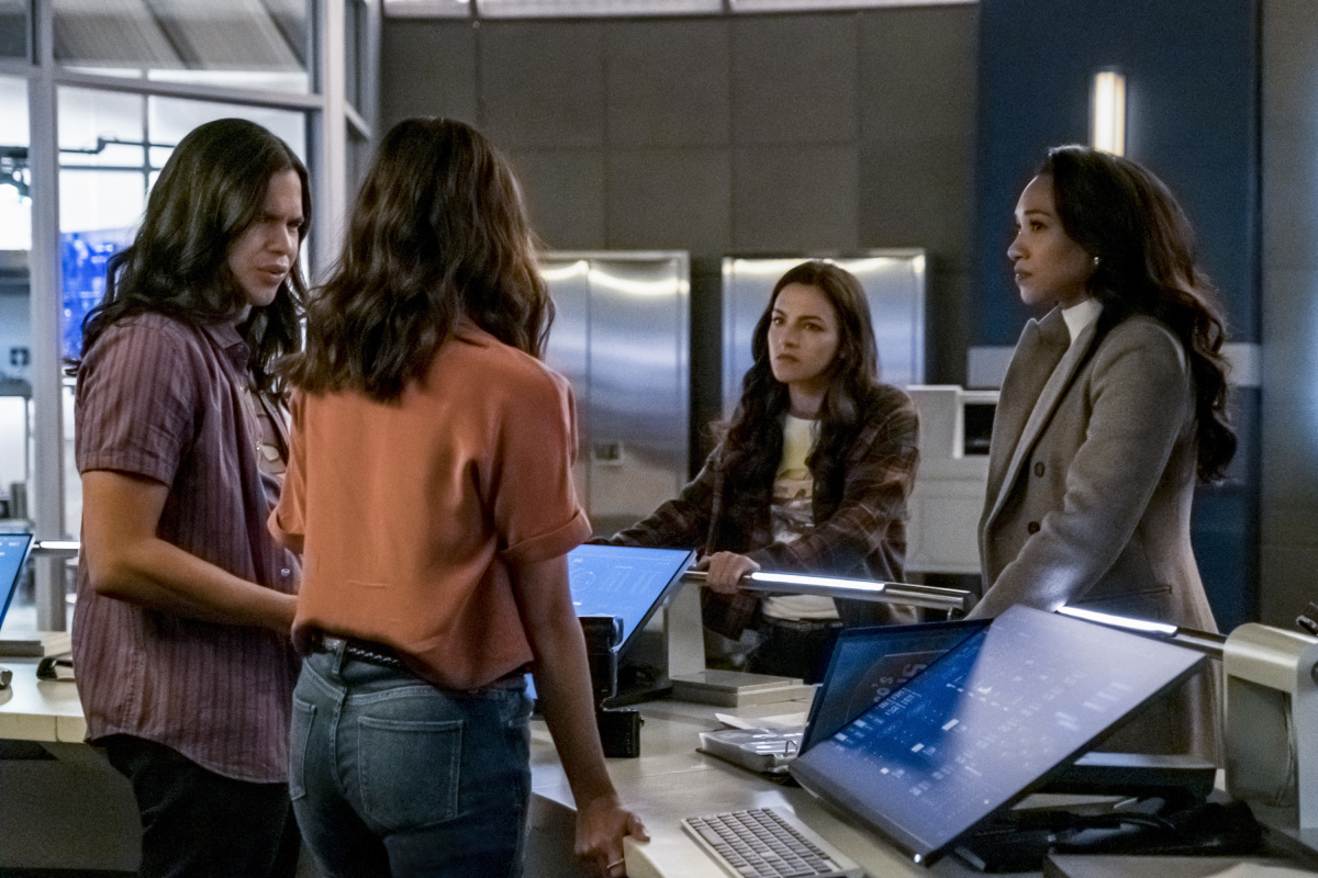How Long Will [SPOILER!] Missing on The Flash? Showrunner Eric Wallace Answered
