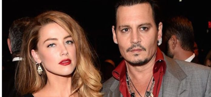Conversations- between- -Amber- Heard-and- Johnny- Depp- have- been- leaked- online-, Amber- admits- to- hitting- Johnny