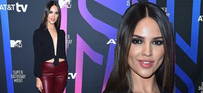 Eiza-Gonzalez- features- decrease- shirt- as- she- goes- to- the- show- in- Miami