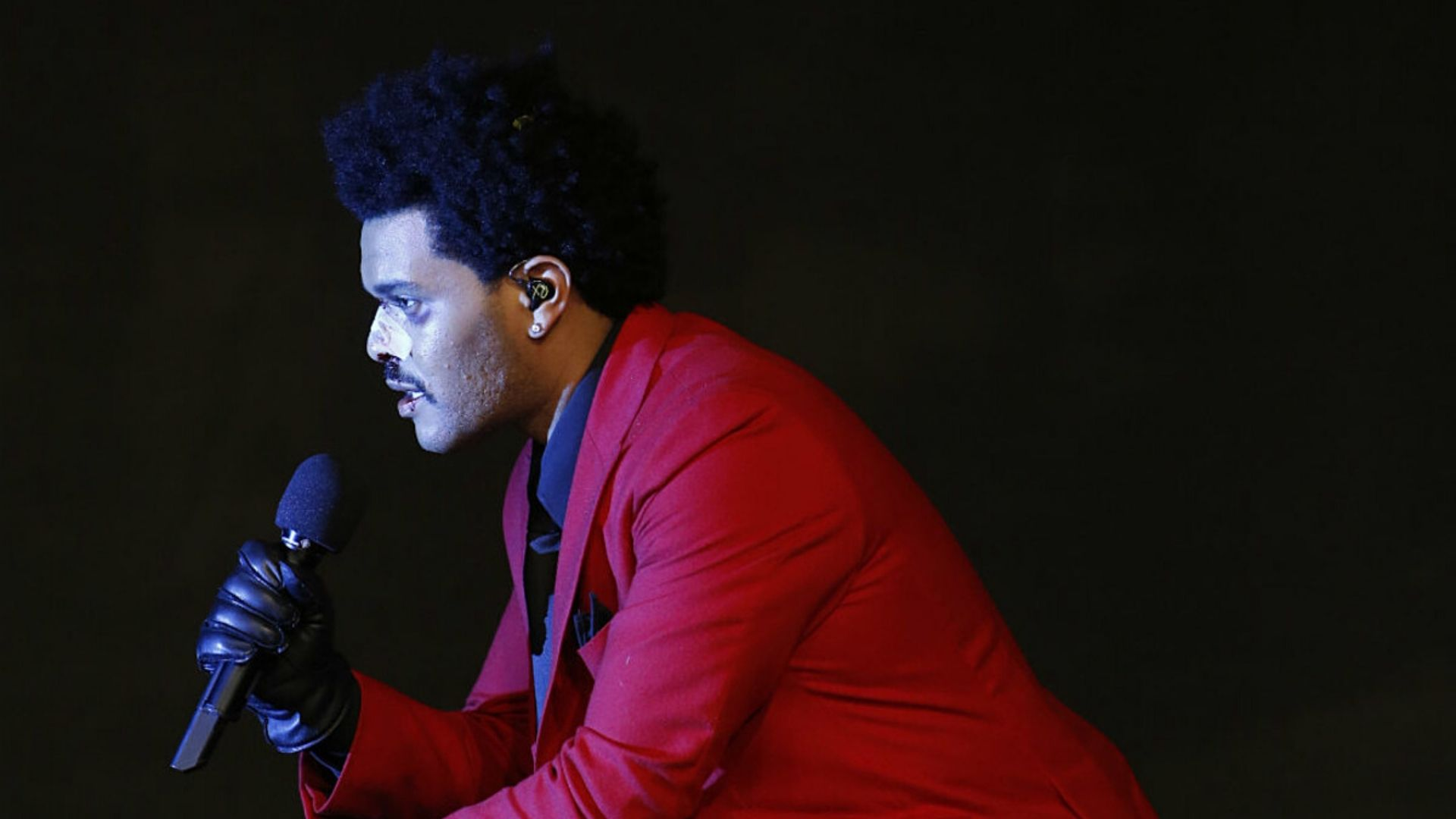 """The Weeknd Released His Highly Anticipated New Studio Album, """"After Hours"""""""