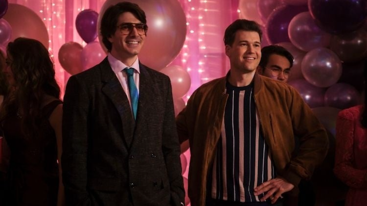 """Dc's Legends of tomorrow head to the prom in """"Slay Anything"""""""