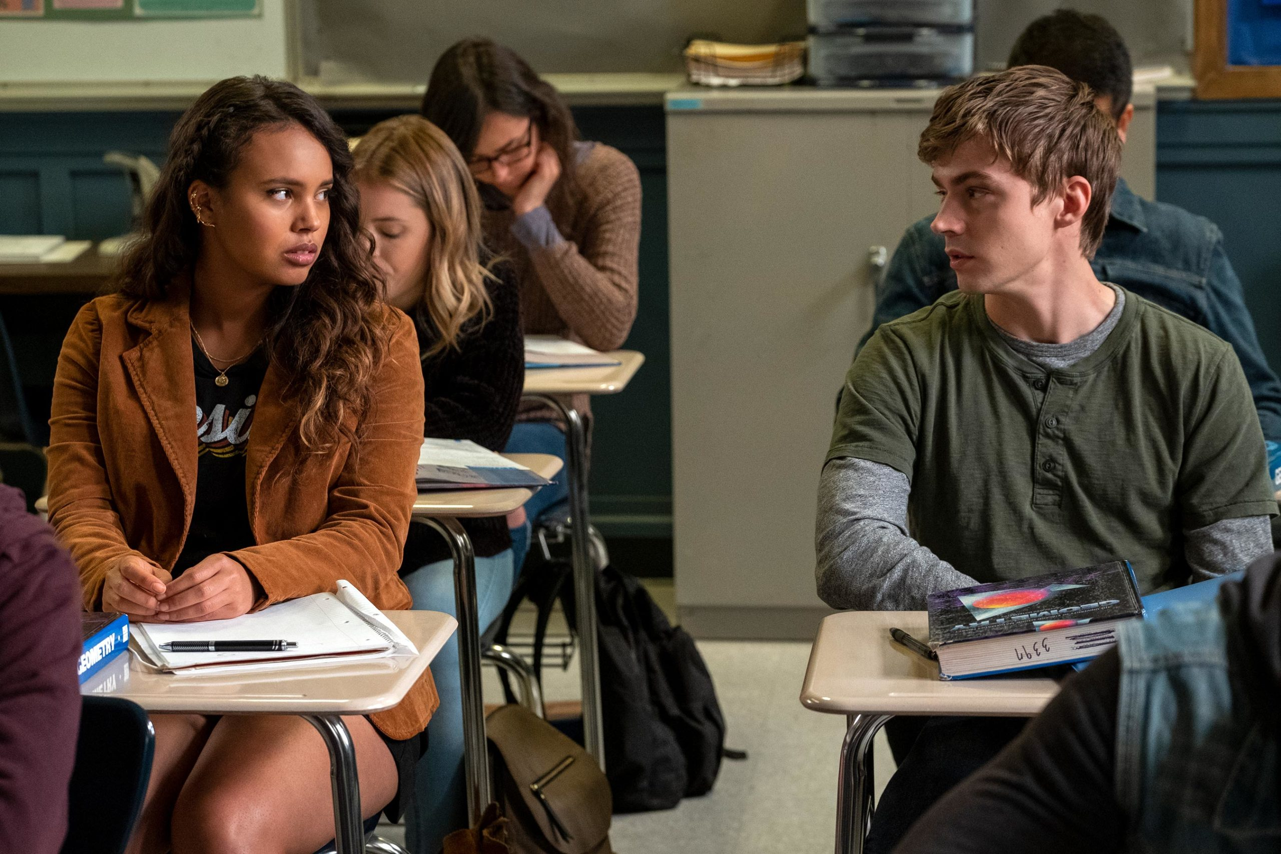 """Netflix: """"13 Reason Why"""" Season 4: Check Here Recent Cast, Plot & Release Date Details Of This Final Season"""