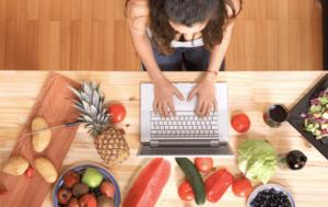 food blogging travelling job