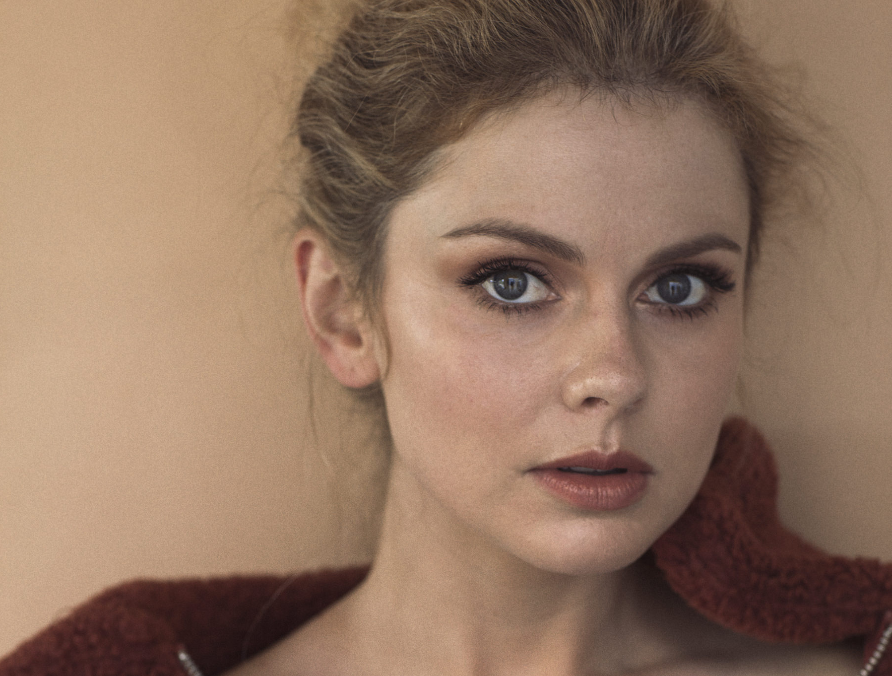 'iZombie' Star Rose McIver To Headline CBS Comedy Pilot 'Ghosts'