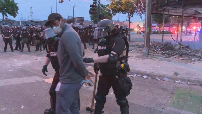 The arrest of CNN TV Reporter Highlights Mishandling by Minnesota Police