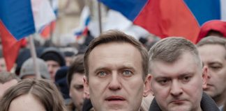 Aleksey Navalny poisoned