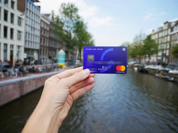 bank card correctly abroad