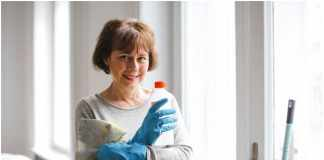 Why You Need to Hire Professionals for Mould Removal
